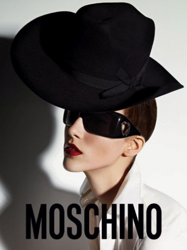 Moschino ss08 Ad Campaign - 2