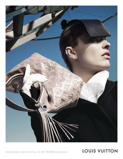 Louis Vuitton advertisment Eva