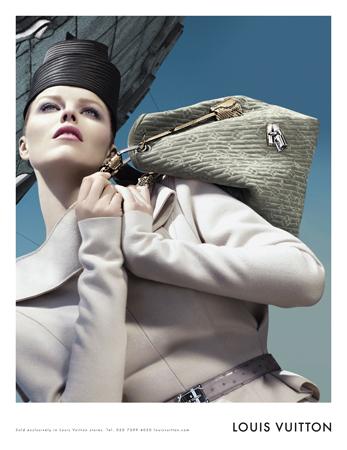 Eva Herzigova Louis Vuitton