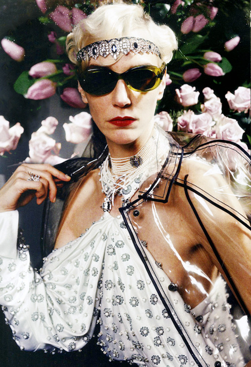 Hannelore Knuts by Manuela Pavesi in Vogue Japan, May 2012