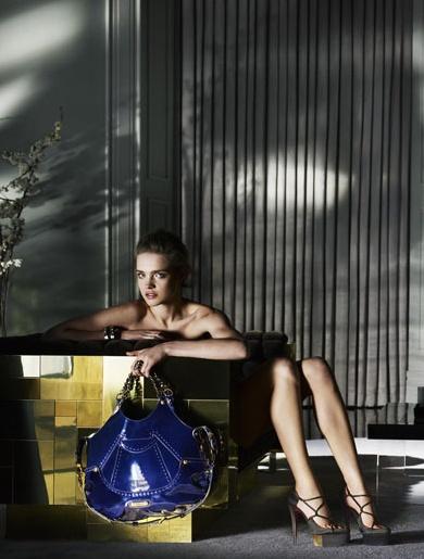 Versace ad Natalia