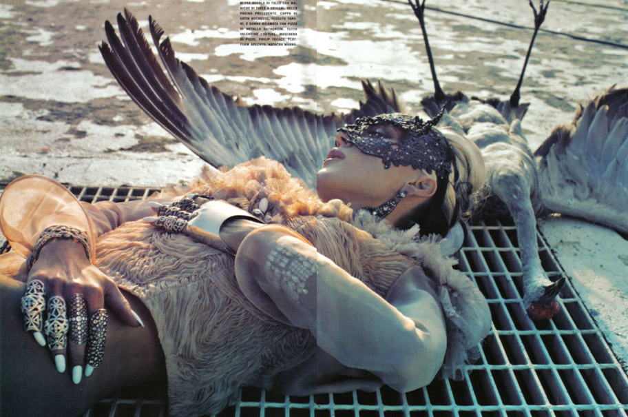 Daphne Guinness Vogue Italia - 4