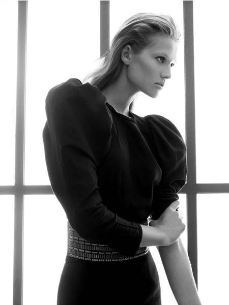 Zara ad fw09 - Toni Garrn