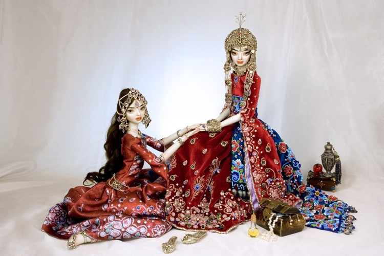 Dunyazade and Scheherazade dolls by Marina Bychkova