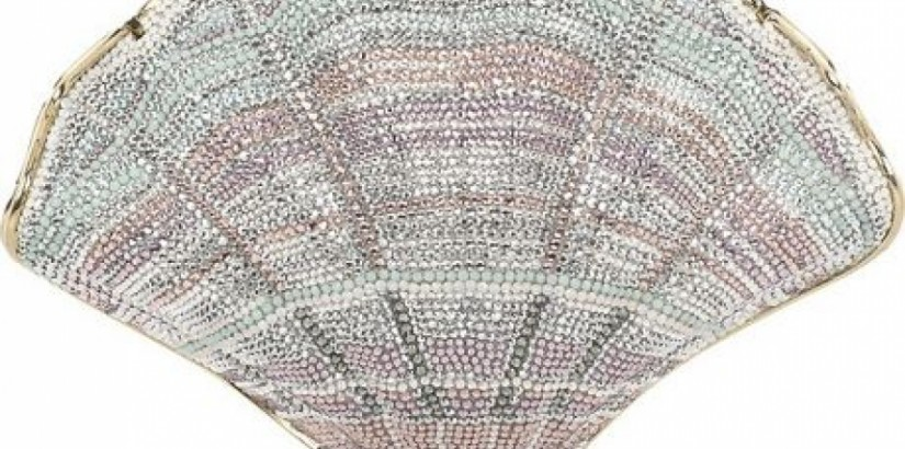 Clam Shell fine-crystal clutch