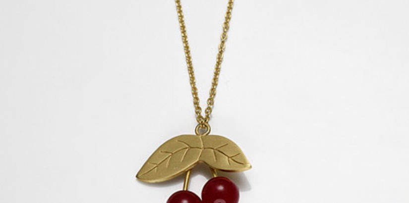 Neika Gold Red Jade